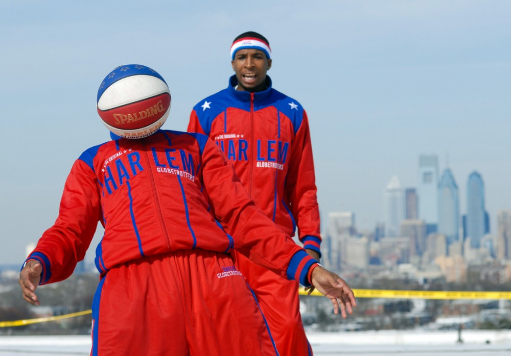Harlem Globetrotters Play on Roof of Spectrum